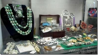 Antiques Iowa 3 04 2014 002